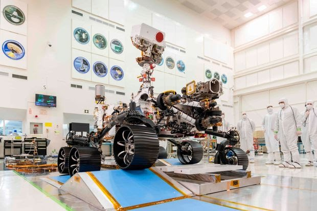 NASA's Perseverance Mars rover late last year during testing in Pasadena, Calif.